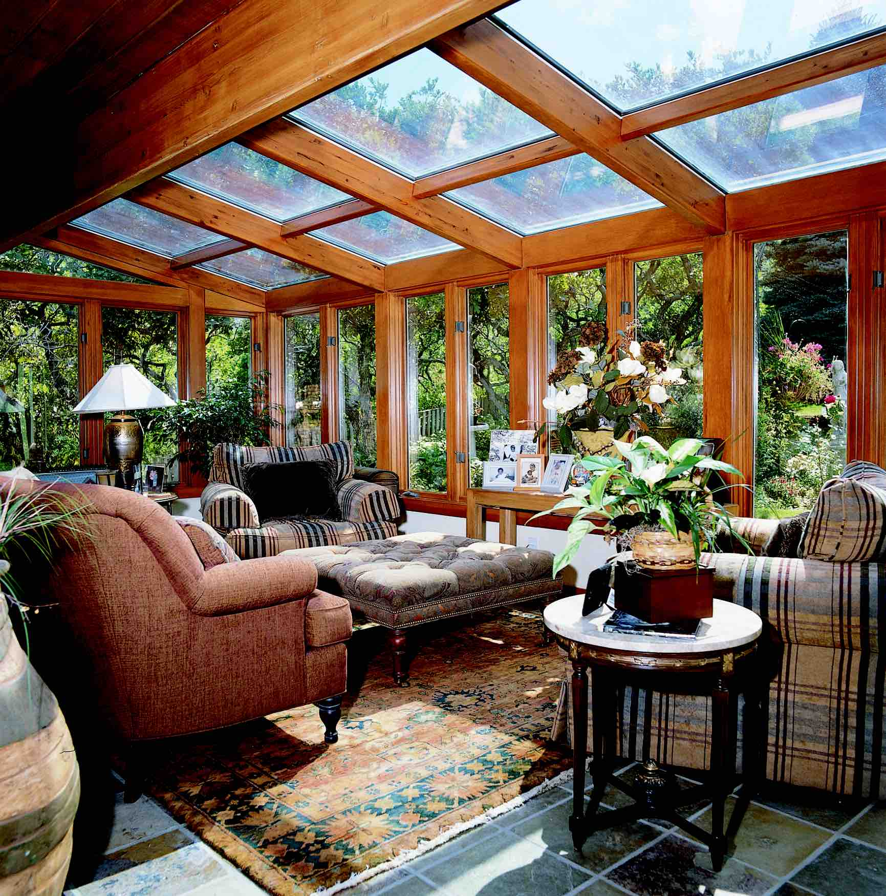 Sunrooms four seasons distributor budget glass nanaimo bc for Solarium room additions