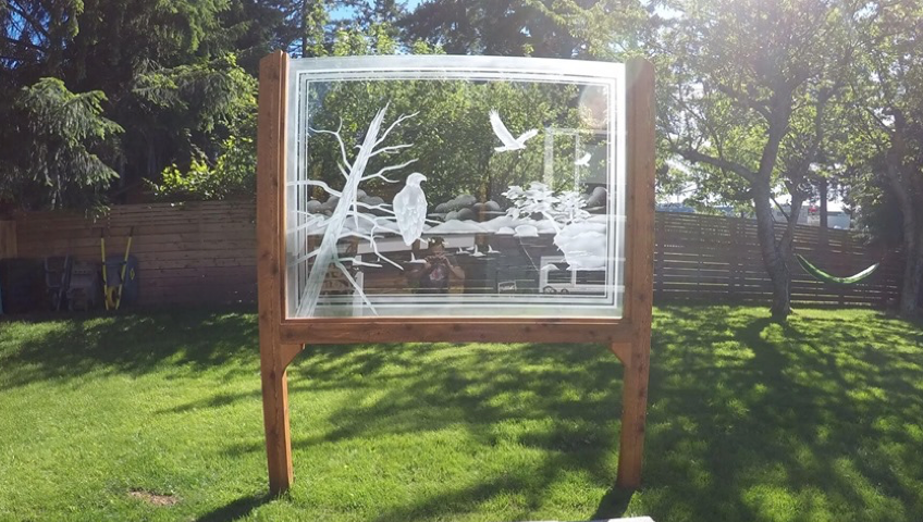 creative outdoor glass uses