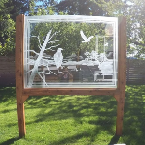 creative uses for outdoor glass