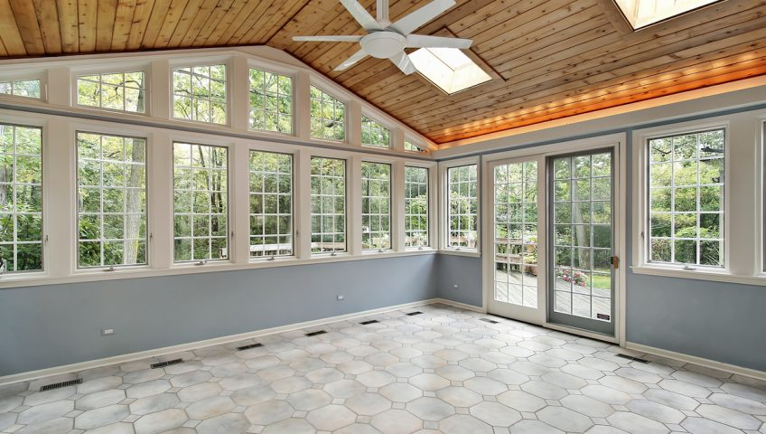 Difference Between a Covered Patio and a Sunroom